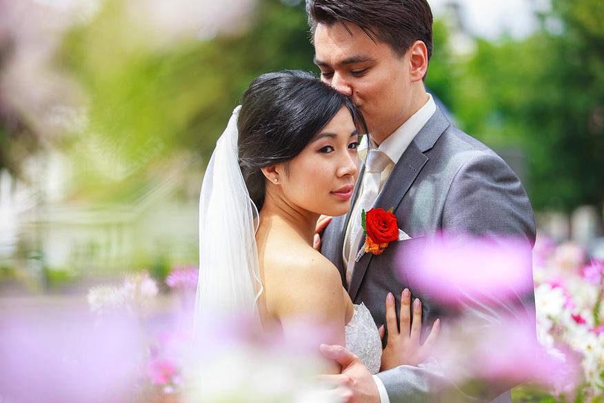 Ontspannen trouwreportage Wereldmuseum