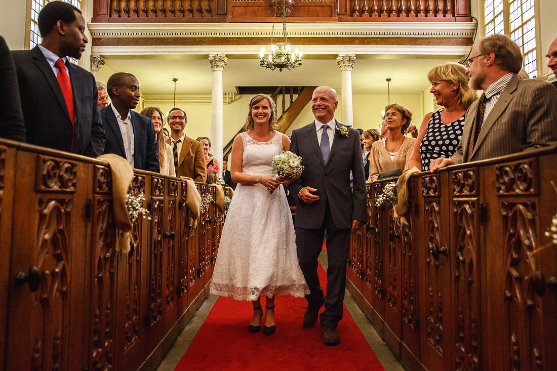 binnenkomst bruid
