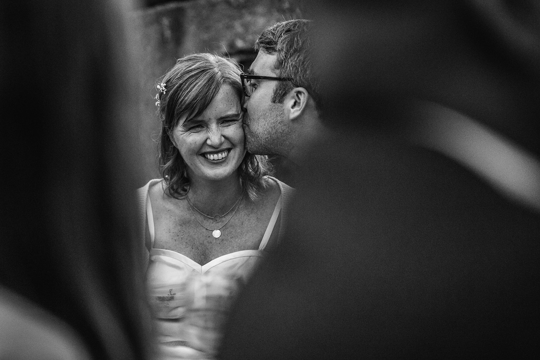 079-feest-bruidsfotografie-amsterdam