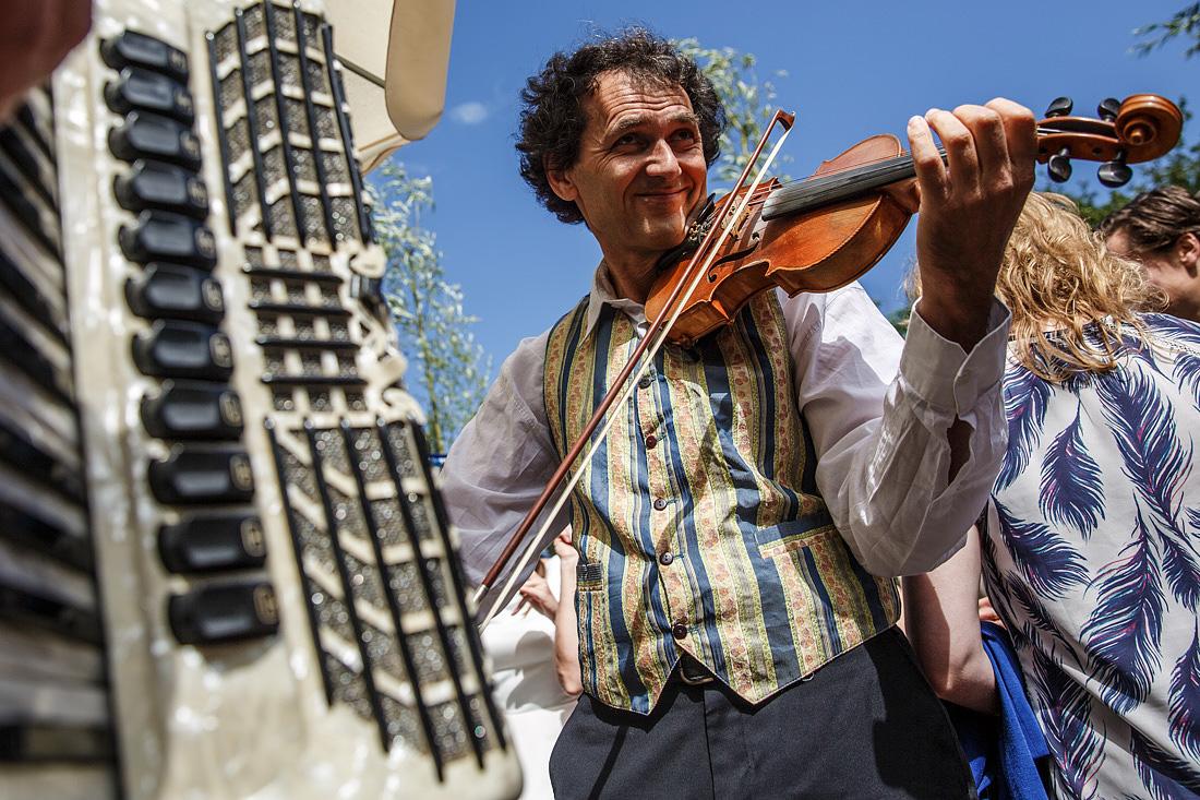 muziek op bruiloft viool