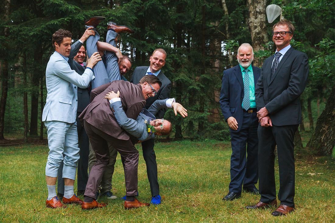leuke groepsfoto's bruiloft