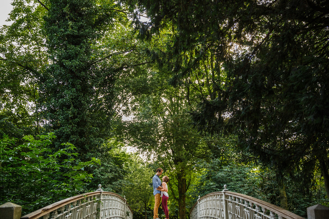couple shoot vondelpark amsterdam
