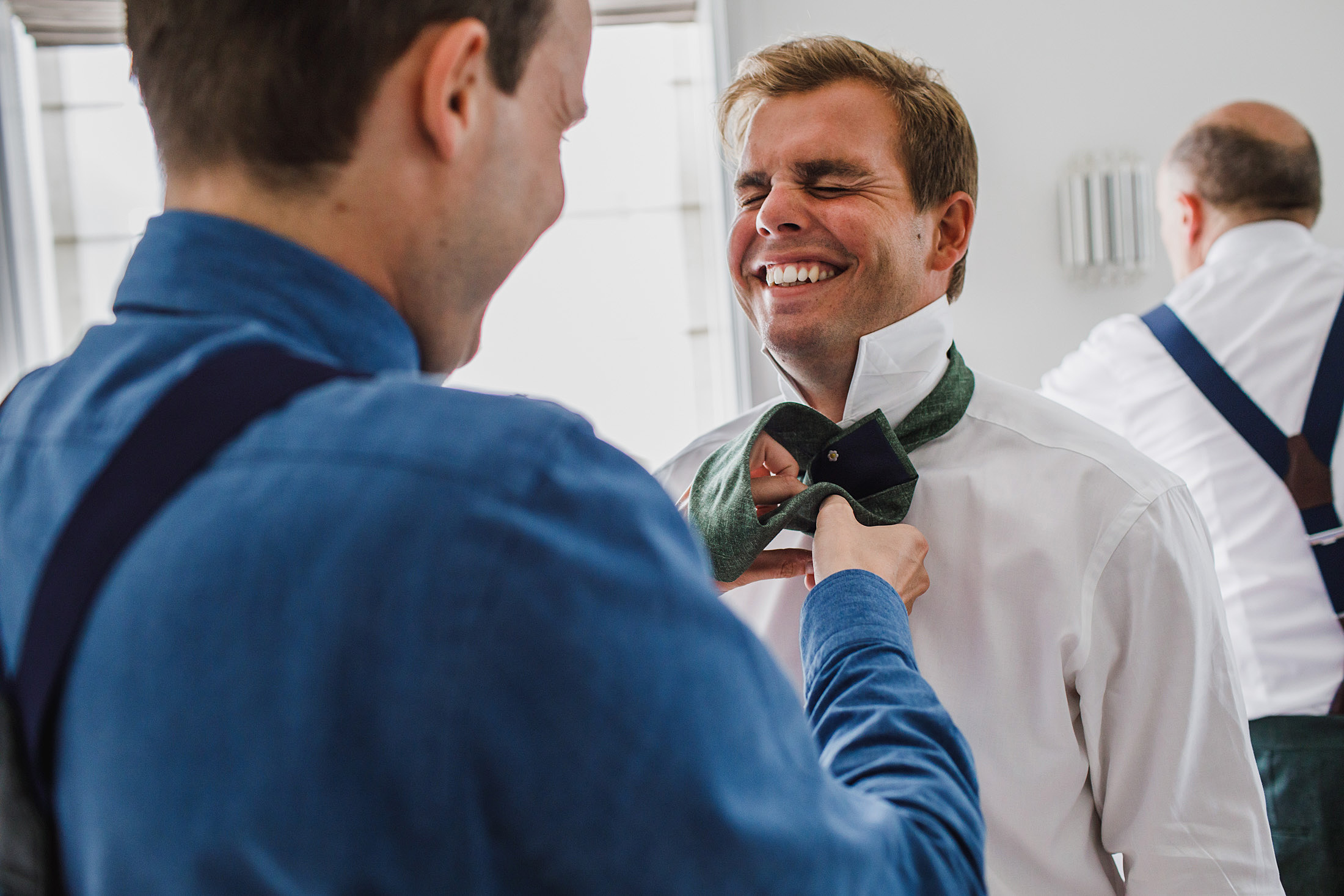 Voorbereiding bruidegom hotel abcoude