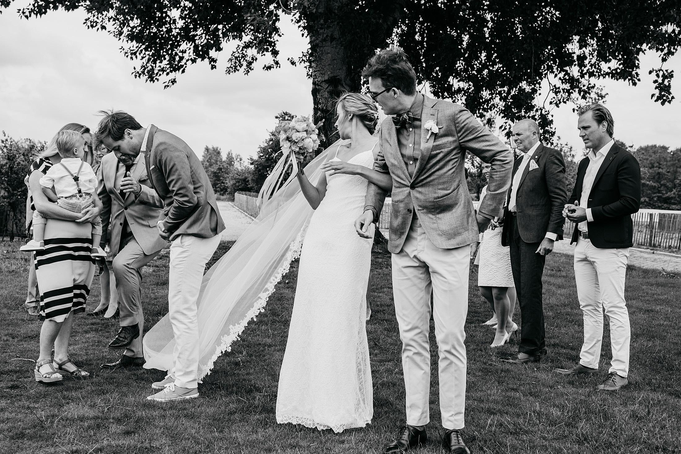 16-ontmoeting-first-look-bruidspaar
