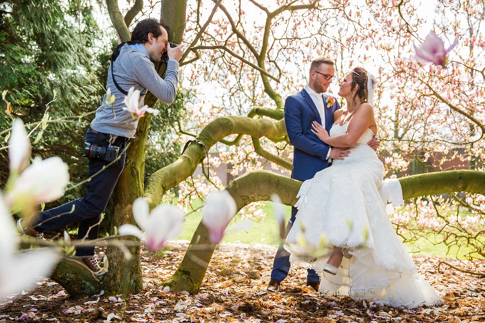 KissesConfetti-About-07