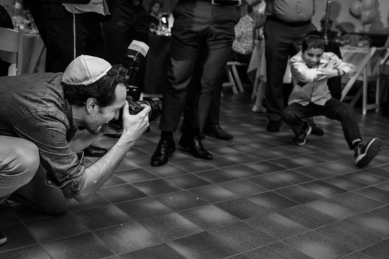 KissesConfetti-About-10