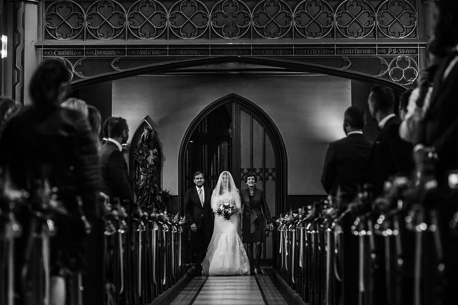 31-wedding-ceremony-onze-lieve-vrouwekerk