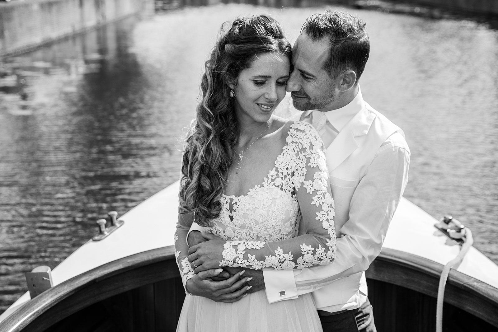 08-fotoshoot-bruiloft-leiden-grachten
