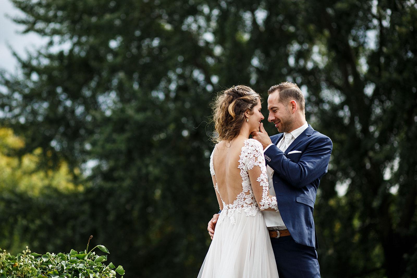 20-ontspannen-fotoshoot-bruiloft-leiden