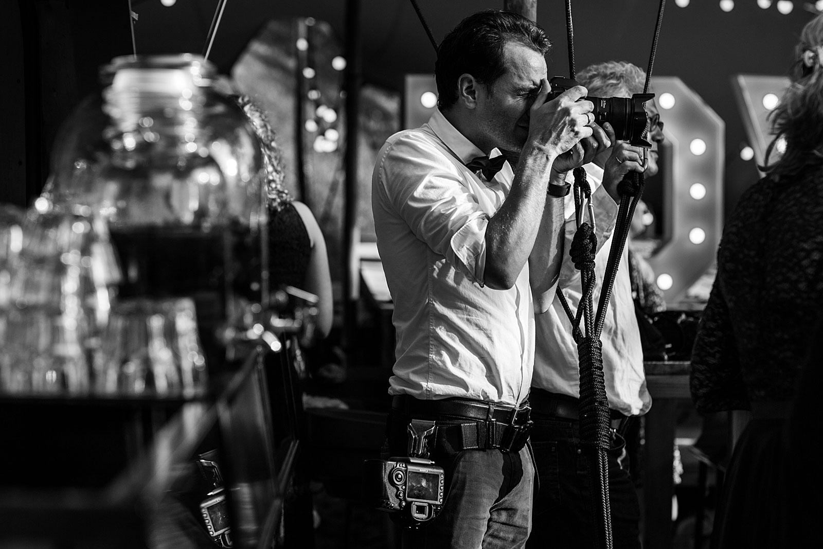 Marco Kisses & Confetti Trouwfotografie